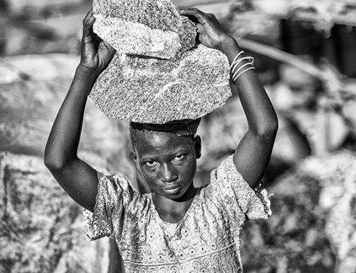 GLI SCHIAVI DEL BURKINA FASO OVVERO LA FOTOGRAFIA DELLA POVERTÀ AL TEMPO DELLA PAURA